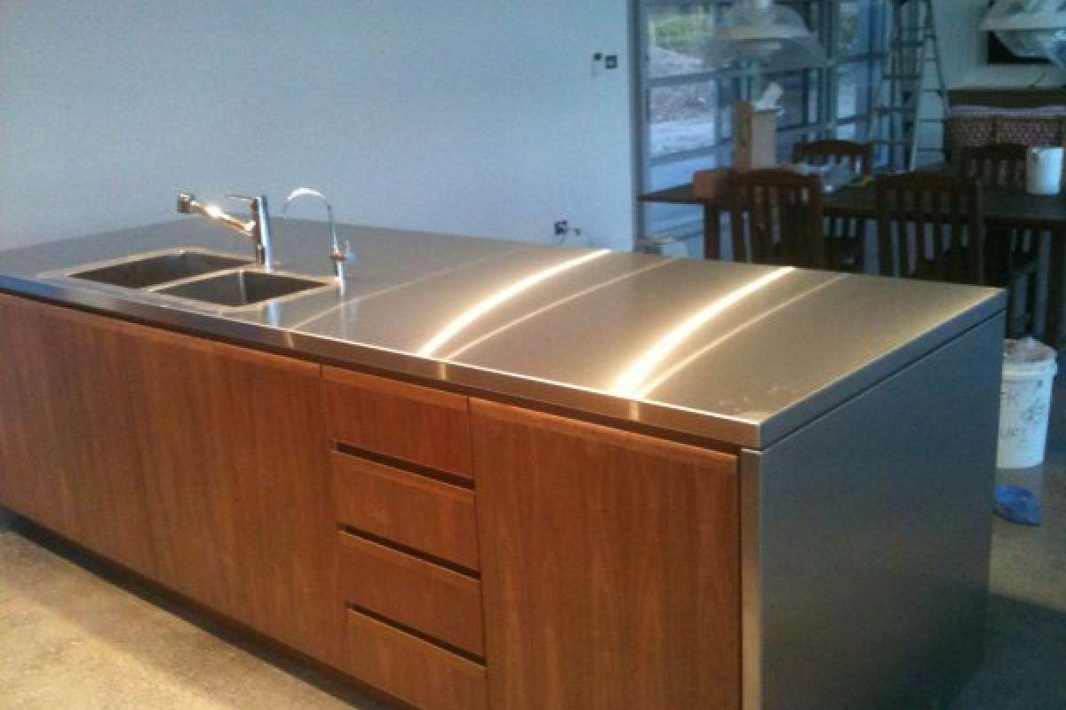Shoalhaven Stainless Steel Kitchens